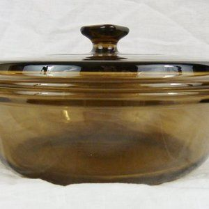 Anchor Hocking Vintage Casserole Dish With Lid 8.2